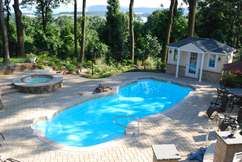 Image of In-ground Fiberglass Pool in Toronto & the GTA